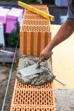 Pracownik budowlany przy budową fotografia royalty free