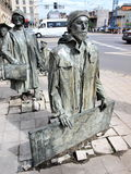 Anonyma gångare, Wroclaw, Polen Arkivfoton