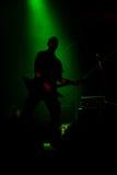 Anonymer Musiker auf der Stufe Lizenzfreie Stockfotos