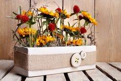 Anordnung mit Sonnenblumen Lizenzfreie Stockfotografie