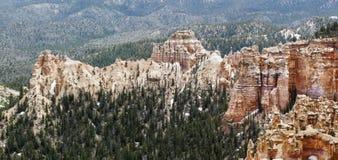 Anordnungen des sedimentären Felsens im bryce Schluchtpark stockfotografie