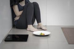 Anorexie inconnue de douleur de femme image libre de droits