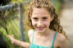 9 anos felizes da menina idosa no verão Fotografia de Stock Royalty Free