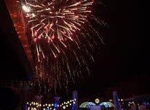 Anos novos dos fogos-de-artifício da véspera em Varna Fotografia de Stock