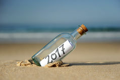 2017 anos novos felizes, ano do galo Fotos de Stock