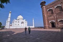 ANOTHER VIEW OF WORLD FAMOUS TAJ MAHAL AGRA INDIA