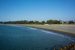 Anping wyrzucać na brzeg panorama widok w Chaiao Tou plaży parku w Anping Ta obrazy stock