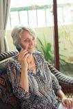 Anruf vom Rentner lizenzfreies stockbild