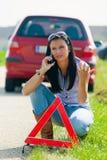 Anrufen für Hilfe beim breakdow Lizenzfreies Stockbild