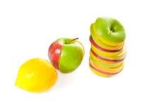 Ansammlung der Mischfrüchte und der Zitrone Stockfotografie