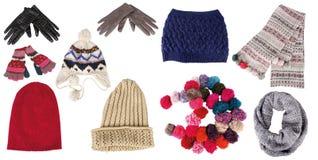 Ansammlung Winterhüte, -handschuhe und -schals Stockbild