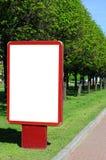 Anschlagtafel auf der Straße Lizenzfreie Stockfotografie