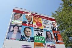 Anschlagtafel für die neuen holländischen Wahlen Stockfoto
