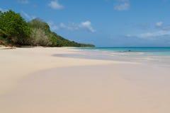 Anse de maio, Sandy Beach em Marie Galante Imagem de Stock