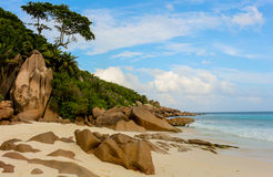 Anse grand sur l'île de Digue de La en Seychelles Images stock