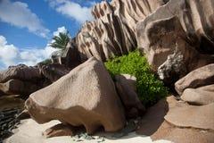 Anse källa D'argent, La Digue, Seychellerna Arkivfoto