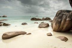 anse lacio seascape nieba kamieni wody Seszeli Zdjęcie Stock