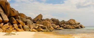 Anse magnífico en la isla de Digue del La en Seychelles fotografía de archivo