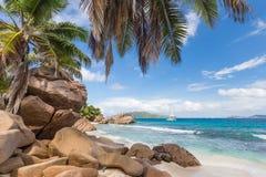 Anse Patates, τέλεια παραλία εικόνων στο νησί Λα Digue, Σεϋχέλλες Στοκ εικόνα με δικαίωμα ελεύθερης χρήσης