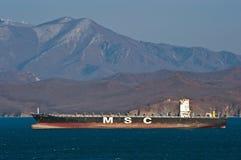 Anseende för MSC Busan för behållareskepp på vägarna på ankaret Nakhodka fjärd Östligt (Japan) hav 18 02 2014 Fotografering för Bildbyråer