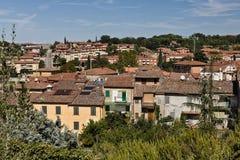 Ansicht über Asciano, Italien stockbilder