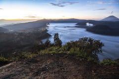 Ansicht über Berg Bromo-Bereich nachts Lizenzfreie Stockbilder