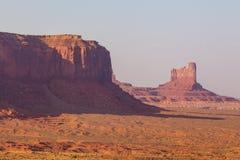 Ansicht über Bildungen im Monument-Tal, Arizona Lizenzfreie Stockbilder