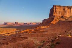 Ansicht über Bildungen im Monument-Tal, Arizona Lizenzfreies Stockfoto