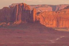 Ansicht über Bildungen im Monument-Tal, Arizona Stockfoto