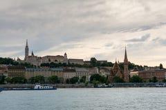 Ansicht über Budapest vom Flussufer Stockfoto