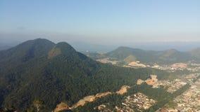Ansicht über Caraguatatuba in Sao Paulo lizenzfreie stockbilder