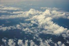Ansicht über cloudscape, himmlisches Wolkenkonzept Lizenzfreies Stockbild