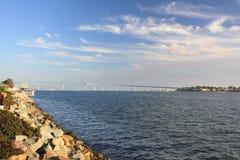 Ansicht über Coronado Brücke vom Seehafen-Dorf, Lizenzfreies Stockbild