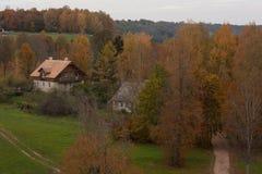 Ansicht über das Dorf Stockbild