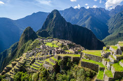 Ansicht über das Machu Picchu an einem sonnigen Tag Stockfotos