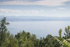 Ansicht über das Meer in Kroatien Stockbild