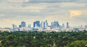 Ansicht über das moderne Geschäftsgebiet von Paris-La Verteidigung Lizenzfreies Stockbild