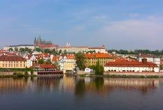 Ansicht über das Prag-Schloss Stockbild