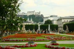Ansicht über das Salzburg-Schloss stockbilder