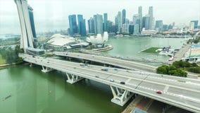 Ansicht über das Stadtzentrum und Marina Bay stock video footage