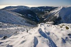 Ansicht über das Tal Stockfotografie