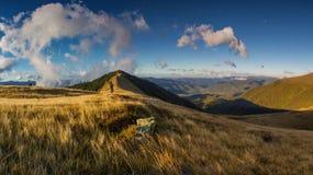 Ansicht über den Berg Stockbild