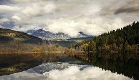 Ansicht über den Lillooet See Stockfotografie