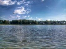 Ansicht über den See Stockfotografie
