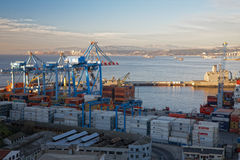 Ansicht über den Seehafen Valparaiso, Chile Lizenzfreie Stockfotos