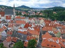 Ansicht über die alte Stadt von Cesky Krumlov lizenzfreie stockfotos