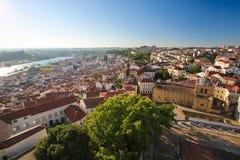 Ansicht über die historische Mitte von Coimbra, Portugal lizenzfreie stockbilder