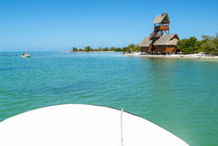 Ansicht über die Insel de Los Pajaros in Holbox Stockbilder