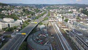 Ansicht über die Stadt von Siegen, Deutschland stock footage