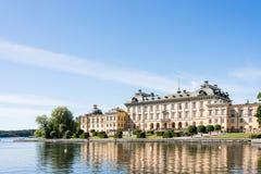 Ansicht über Drottningholm-Palast in Stockholm, Schweden Lizenzfreies Stockbild